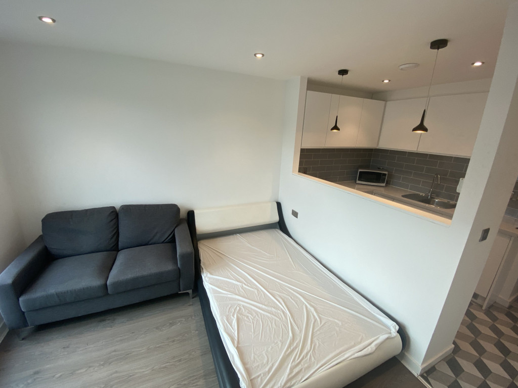 1 bed flat to rent in Alma Street, Sheffield 2