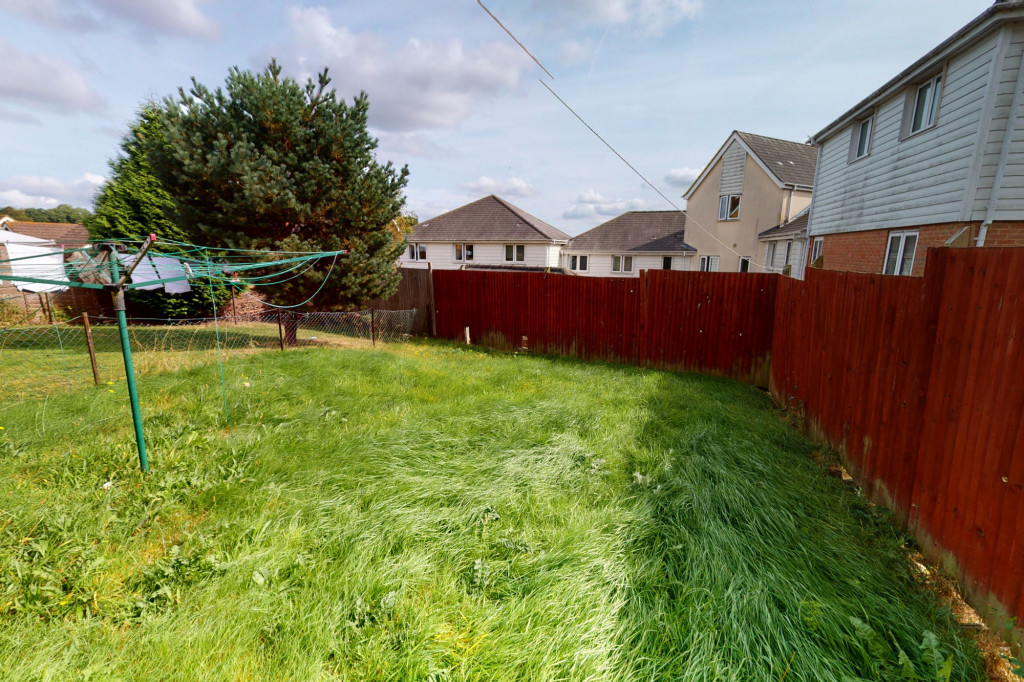 3 bed semi-detached house for sale in Lodge Wood Drive, Orchard Heights, Ashford  - Property Image 12