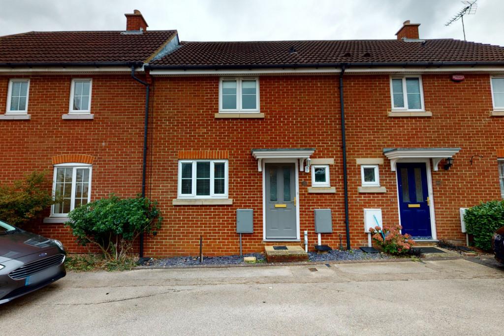 2 bed terraced house for sale in Deyley Way, Ashford 0