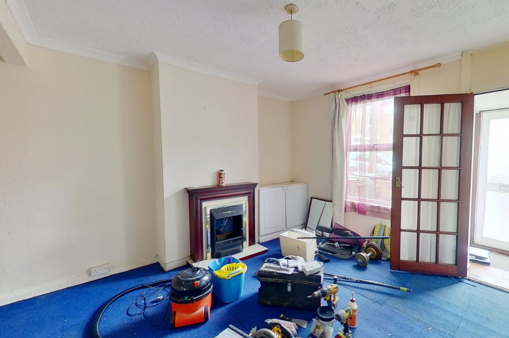 2 bed terraced house for sale in Pope Street, Maidstone 2