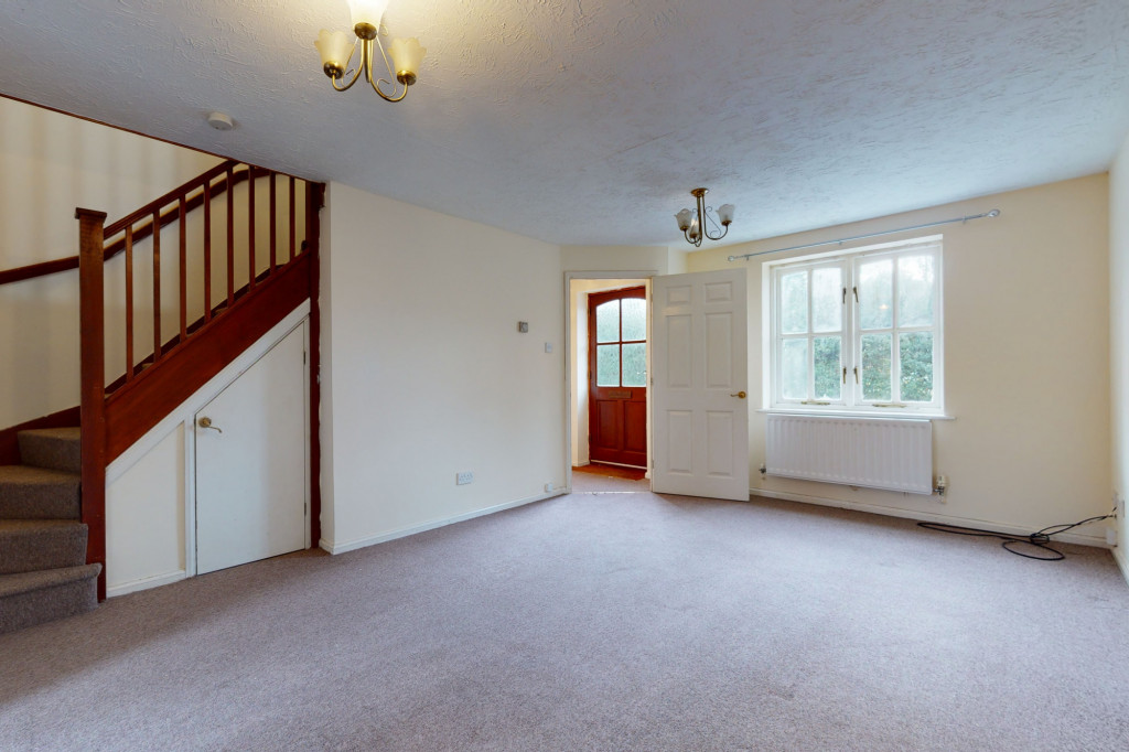 3 bed link detached house for sale in Roman Way, Ashford, Ashford 1