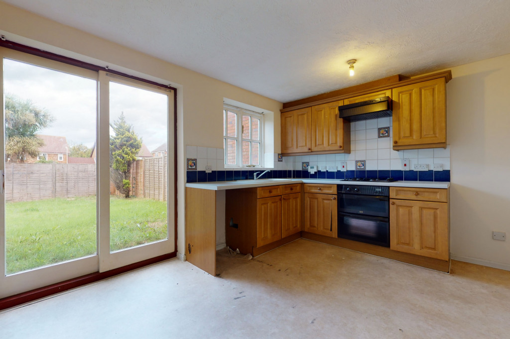 3 bed link detached house for sale in Roman Way, Ashford, Ashford  - Property Image 4