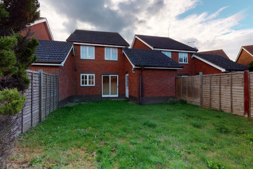 3 bed link detached house for sale in Roman Way, Ashford, Ashford  - Property Image 12