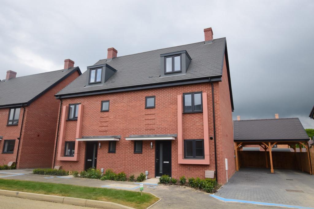 4 bed semi-detached house to rent in Heritage Road, Bridgefield, Ashford 0