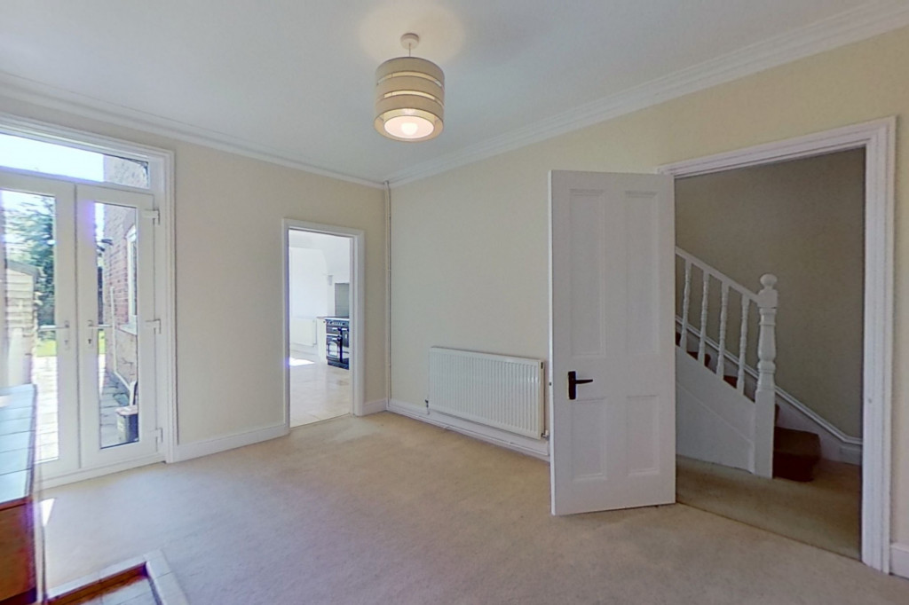 3 bed semi-detached house to rent in Western Avenue, Ashford 2