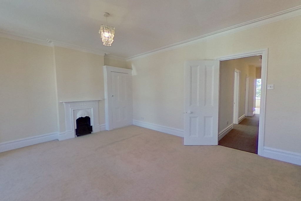 3 bed semi-detached house to rent in Western Avenue, Ashford 6