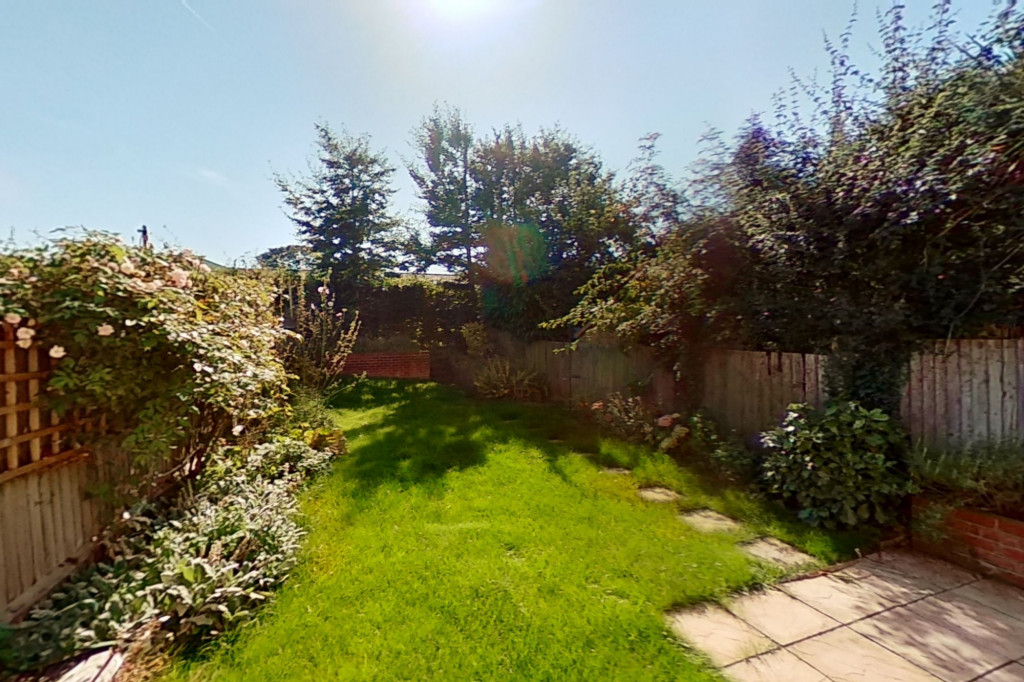 3 bed semi-detached house to rent in Western Avenue, Ashford  - Property Image 11
