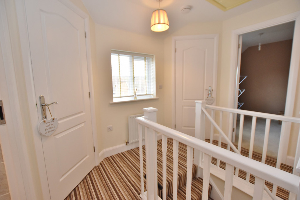 3 bed end of terrace house to rent in Running Foxes Lane, Singleton, Ashford  - Property Image 8