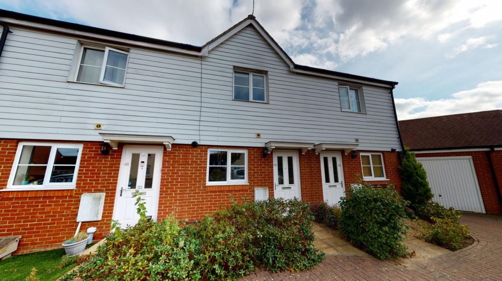 2 bed terraced house to rent in Herdwick Close, Bridgefield, Ashford 0