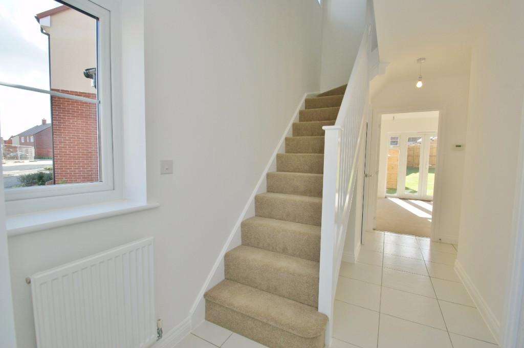 3 bed semi-detached house to rent in Dorset Crescent, Bridgefield, Ashford  - Property Image 4
