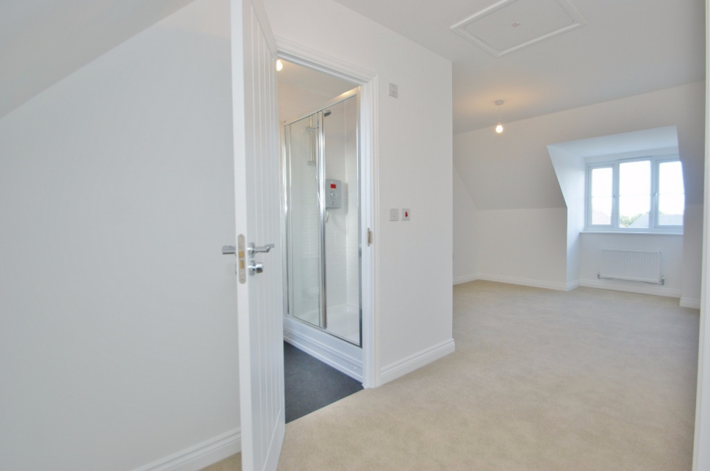 3 bed semi-detached house to rent in Dorset Crescent, Bridgefield, Ashford  - Property Image 17