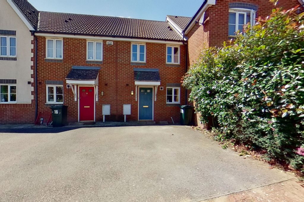 2 bed terraced house to rent in Sun Rise, Orchard Heights, Ashford  - Property Image 1