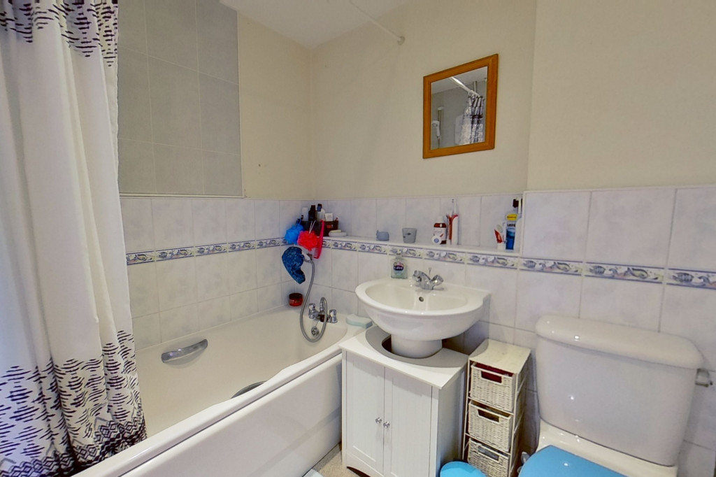 2 bed terraced house to rent in Sun Rise, Orchard Heights, Ashford 8