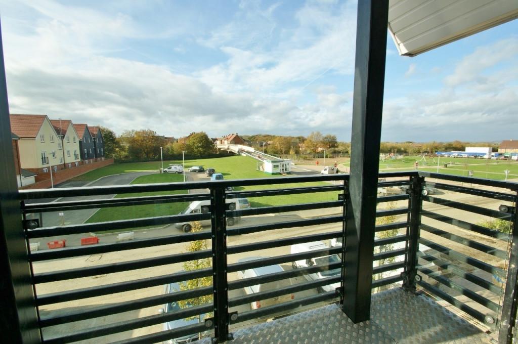 2 bed apartment to rent in Finn Farm Road, Bridgefield, Ashford  - Property Image 1