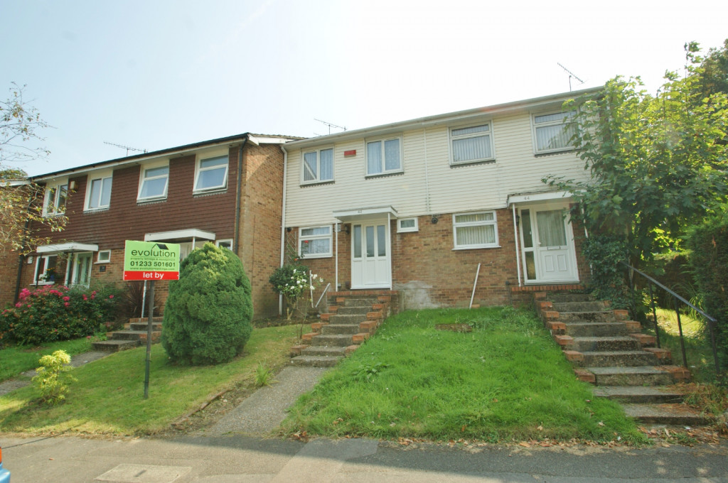 3 bed terraced house to rent in Lees Road, Willesborough, Ashford  - Property Image 1