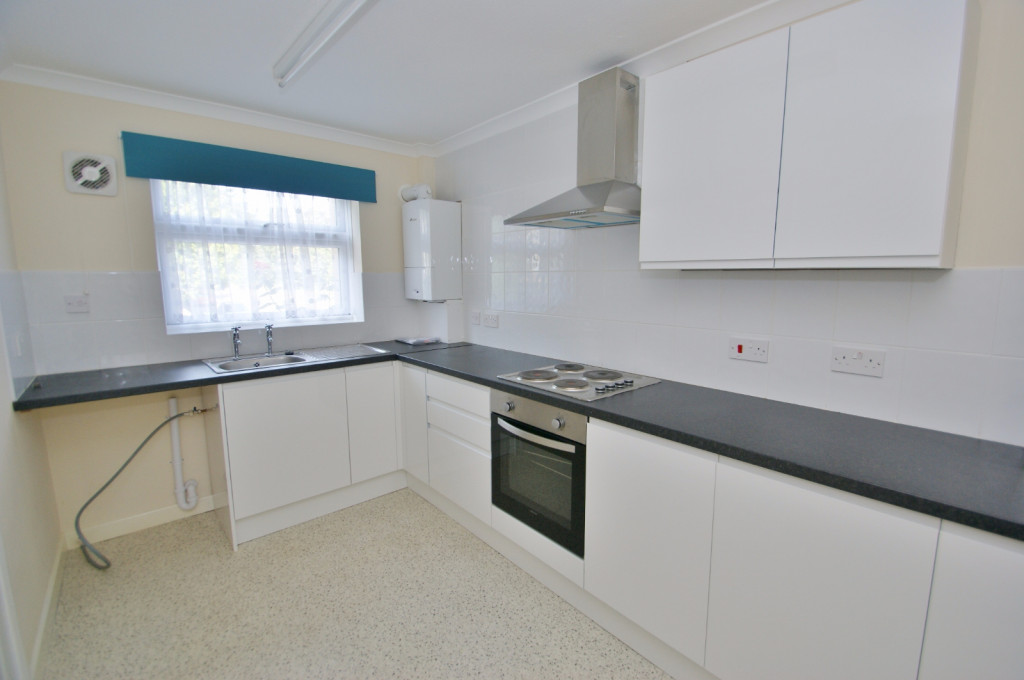 3 bed terraced house to rent in Lees Road, Willesborough, Ashford  - Property Image 3