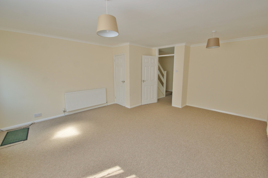 3 bed terraced house to rent in Lees Road, Willesborough, Ashford 3