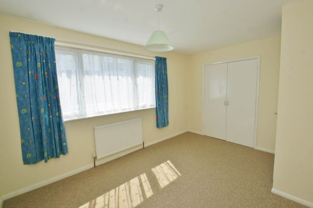 3 bed terraced house to rent in Lees Road, Willesborough, Ashford 6