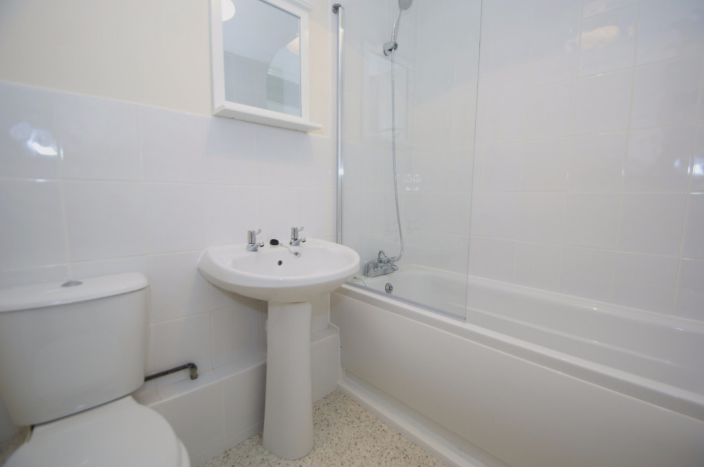3 bed terraced house to rent in Lees Road, Willesborough, Ashford  - Property Image 12