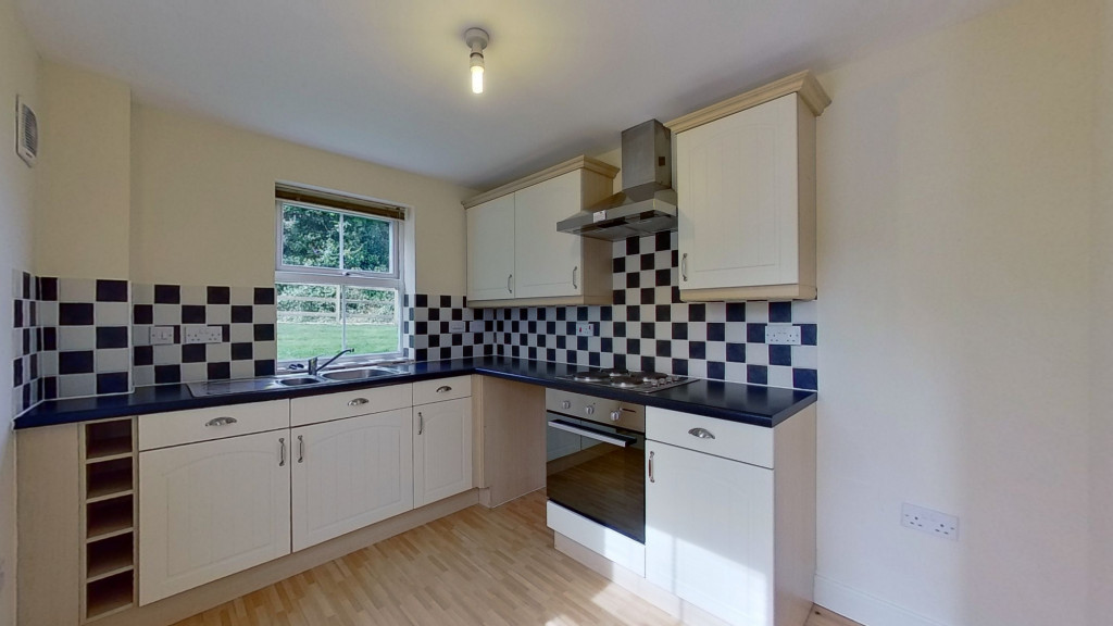2 bed apartment to rent in Imperial Way, Singleton, Ashford 0