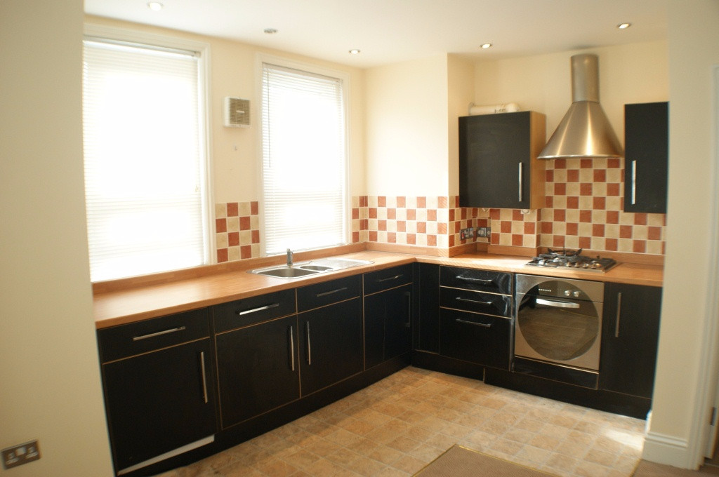 1 bed flat to rent in Broadmead Road, Folkestone 1