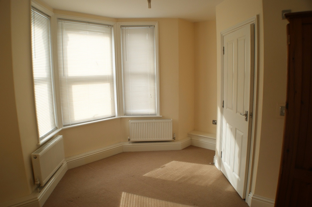 1 bed flat to rent in Broadmead Road, Folkestone 4