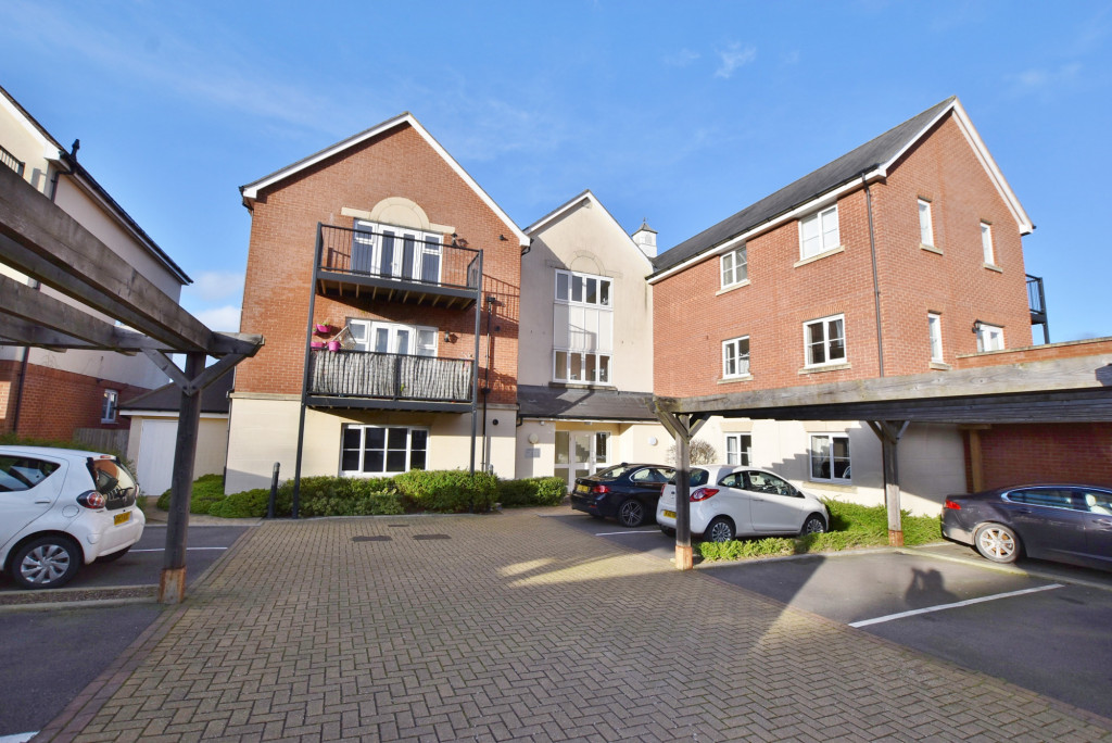 2 bed apartment to rent in Broadview Close, Bridgefield, Ashford  - Property Image 1