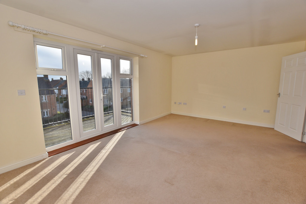 2 bed apartment to rent in Broadview Close, Bridgefield, Ashford  - Property Image 2