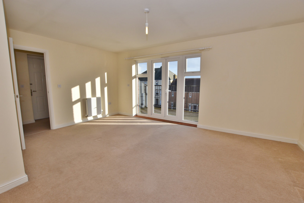 2 bed apartment to rent in Broadview Close, Bridgefield, Ashford  - Property Image 3