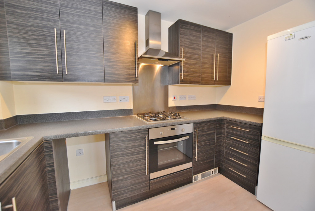 2 bed apartment to rent in Broadview Close, Bridgefield, Ashford  - Property Image 4