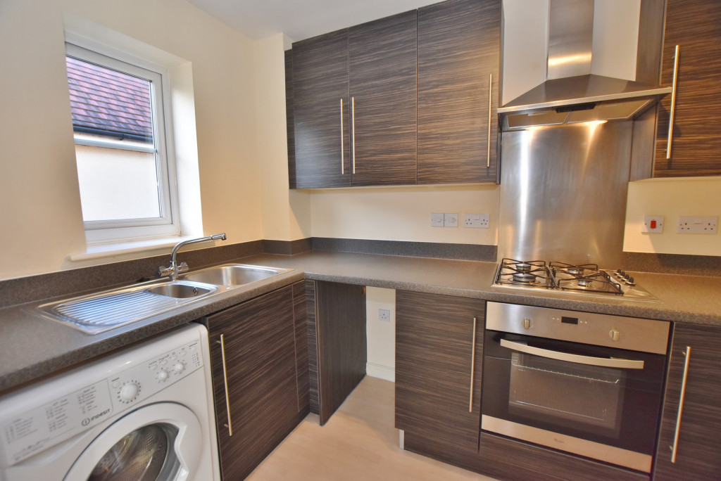 2 bed apartment to rent in Broadview Close, Bridgefield, Ashford  - Property Image 5