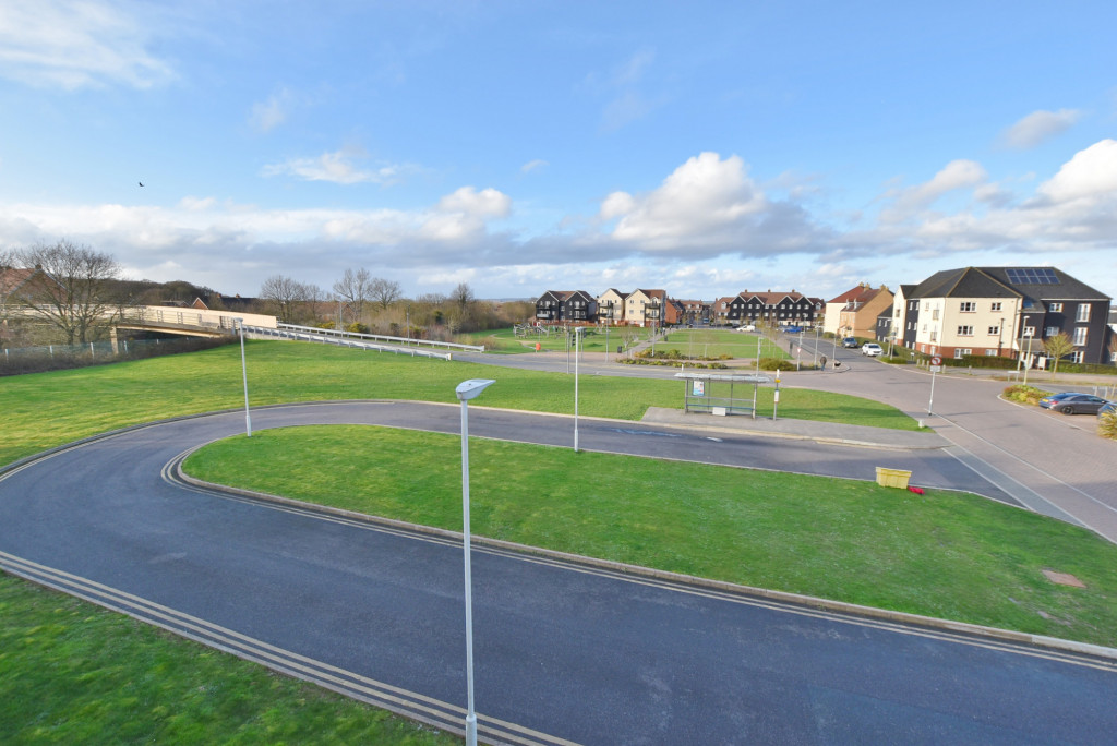 2 bed apartment to rent in Broadview Close, Bridgefield, Ashford  - Property Image 10