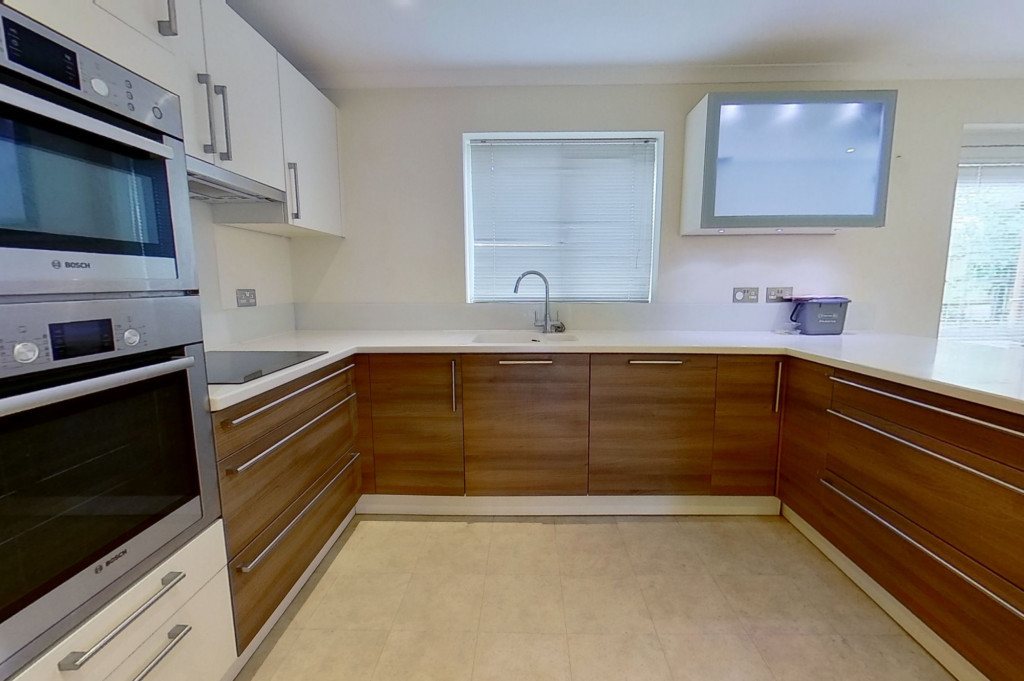 4 bed detached house to rent in Upton Close, Broadmead Village, Folkestone  - Property Image 1