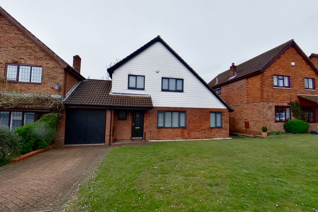4 bed detached house to rent in Upton Close, Broadmead Village, Folkestone  - Property Image 2