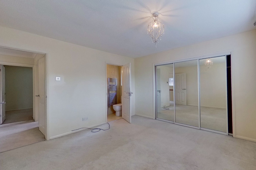 4 bed detached house to rent in Upton Close, Broadmead Village, Folkestone 6