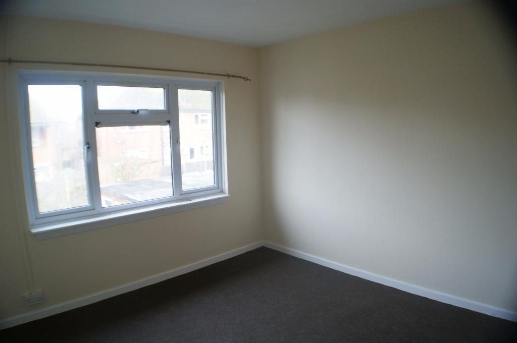 2 bed maisonette to rent in Denmark Street, Folkestone 4