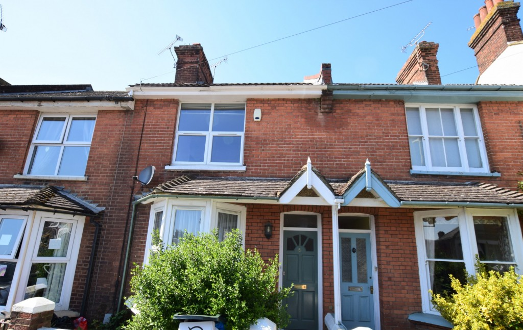 2 bed terraced house to rent in Eastern Avenue, Ashford  - Property Image 1