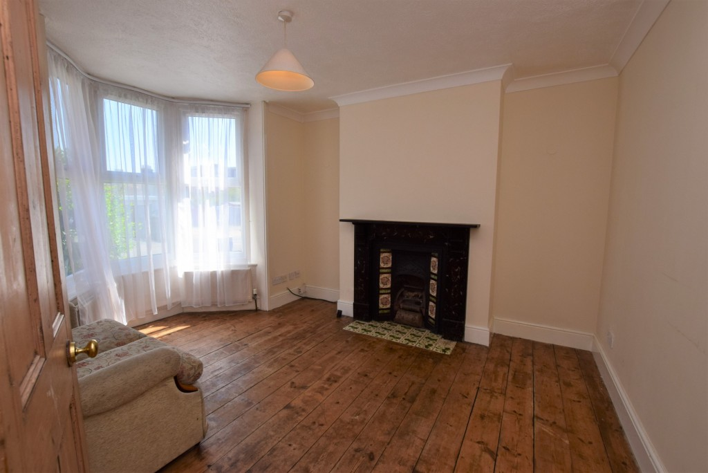 2 bed terraced house to rent in Eastern Avenue, Ashford 2