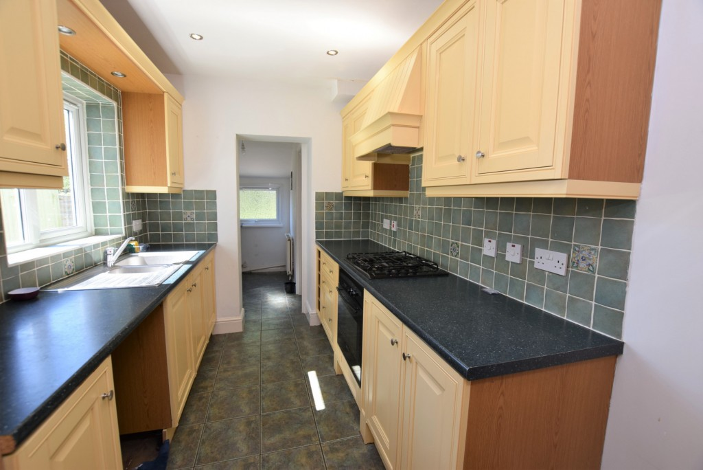 2 bed terraced house to rent in Eastern Avenue, Ashford  - Property Image 5