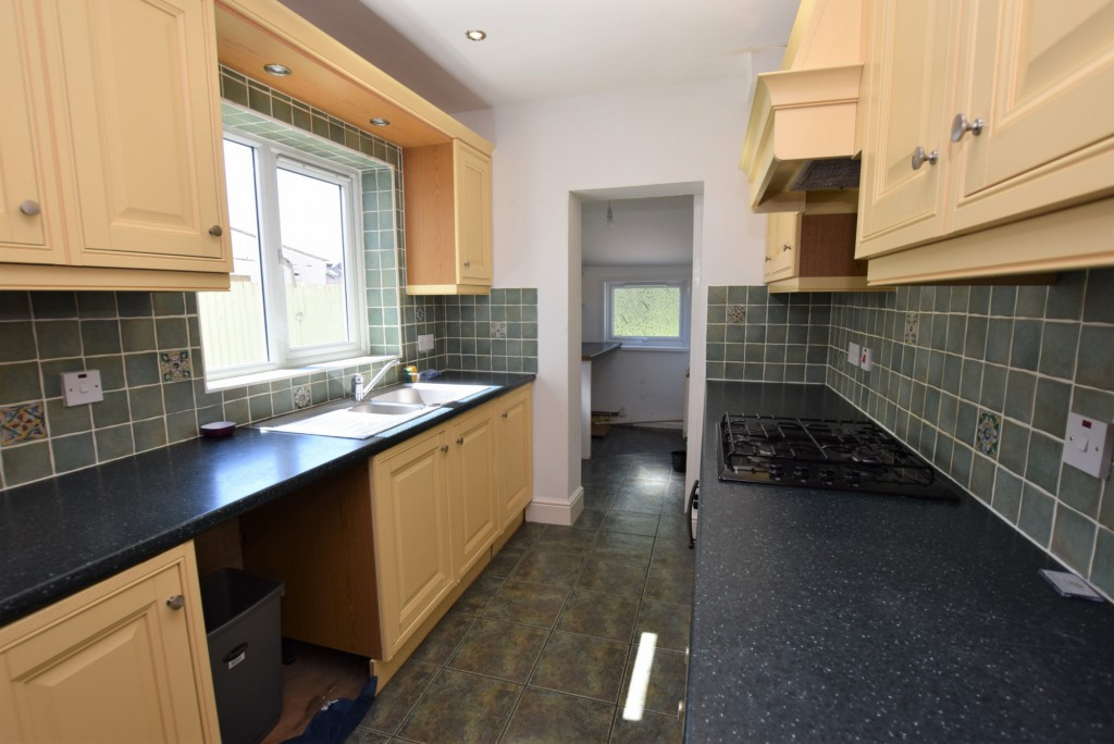 2 bed terraced house to rent in Eastern Avenue, Ashford  - Property Image 6