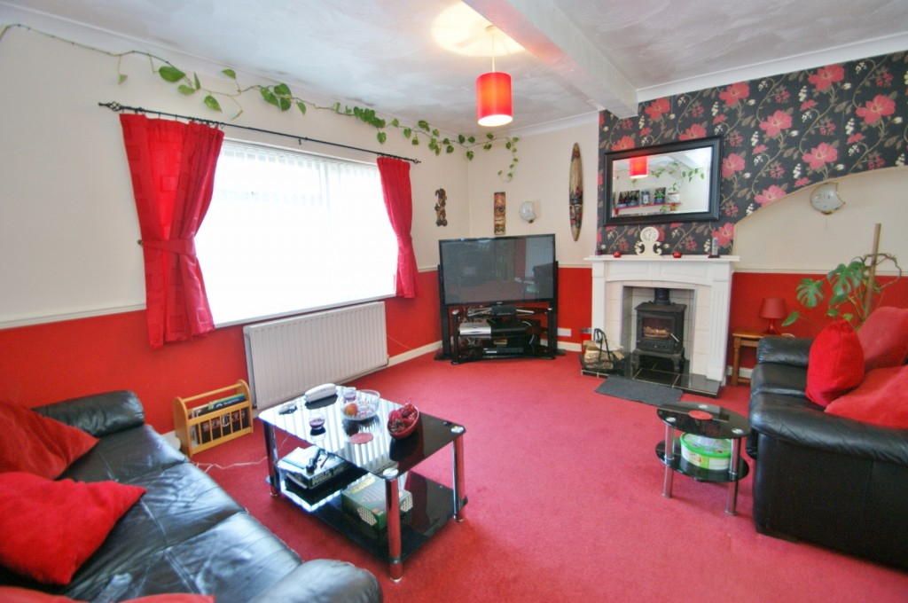 4 bed terraced house for sale in Samian Crescent, Folkestone 1