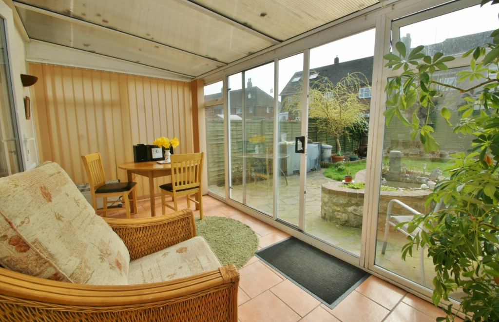 4 bed terraced house for sale in Samian Crescent, Folkestone 4