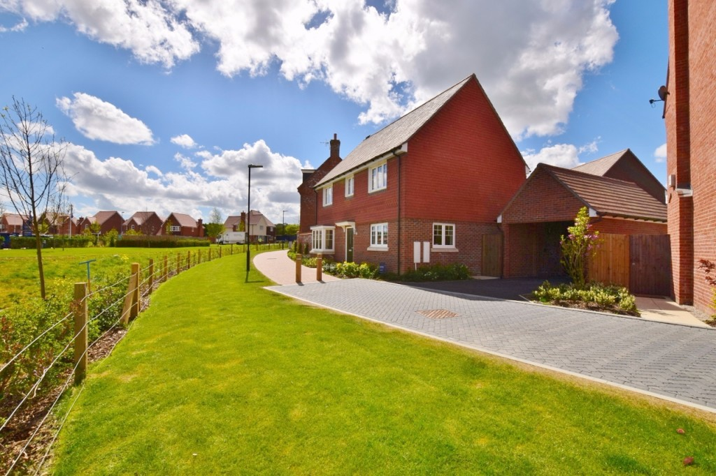 4 bed detached house for sale in Goldfinch Drive, Finberry, Ashford  - Property Image 1