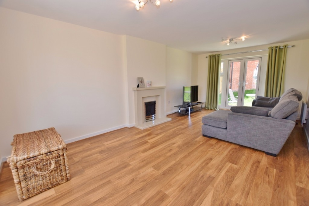 4 bed detached house for sale in Goldfinch Drive, Finberry, Ashford 6