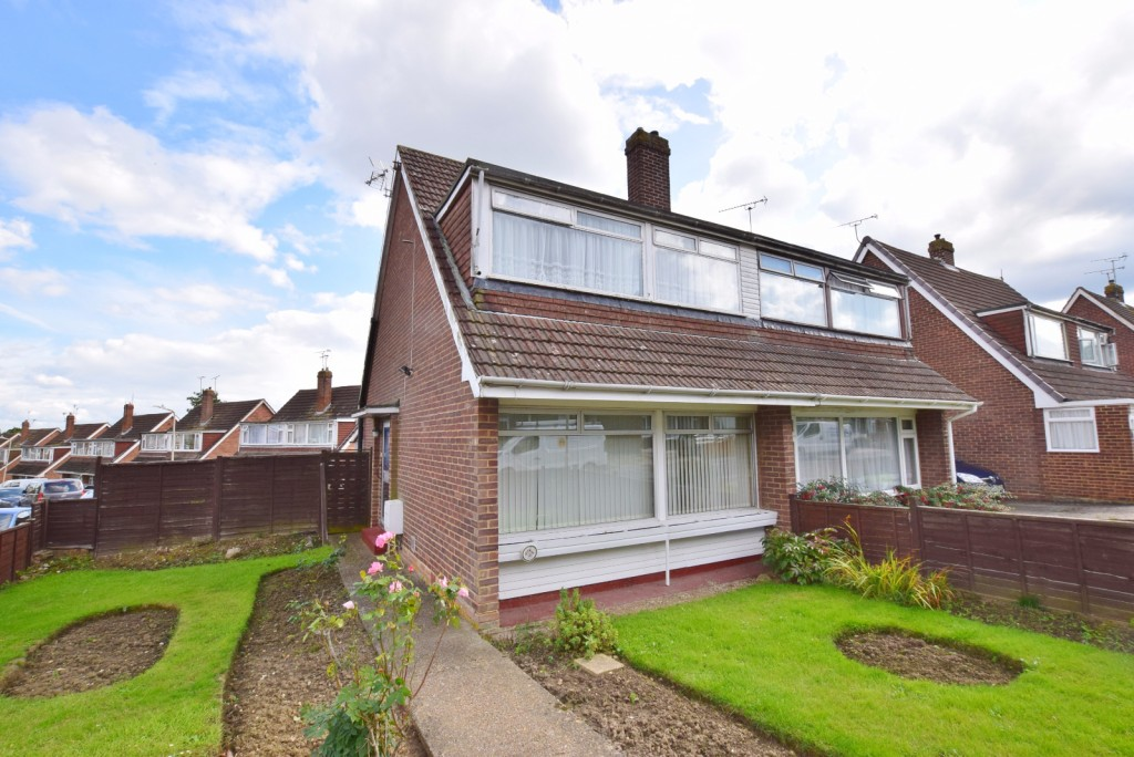 3 bed semi-detached house for sale in The Rise, Ashford - Property Image 1