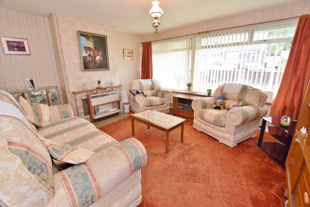 3 bed semi-detached house for sale in The Rise, Ashford  - Property Image 2
