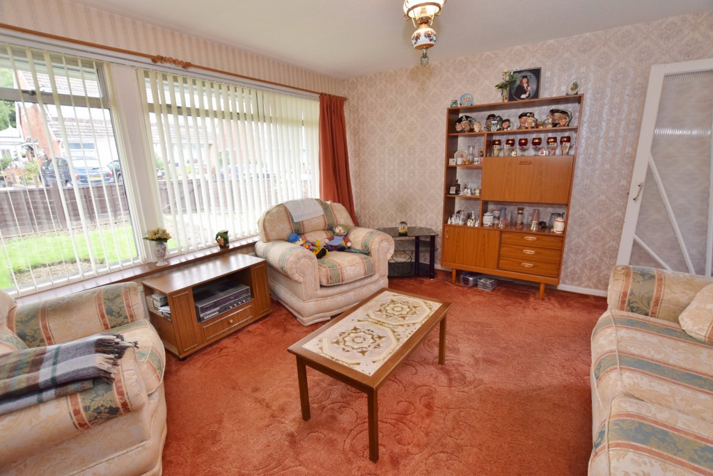 3 bed semi-detached house for sale in The Rise, Ashford  - Property Image 3