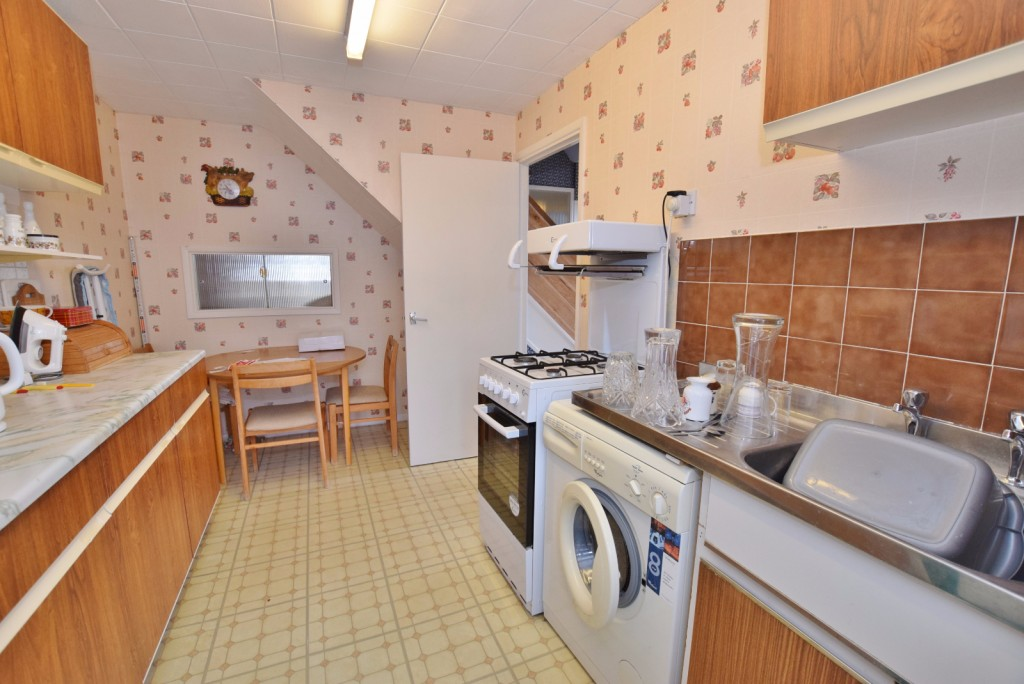 3 bed semi-detached house for sale in The Rise, Ashford 5