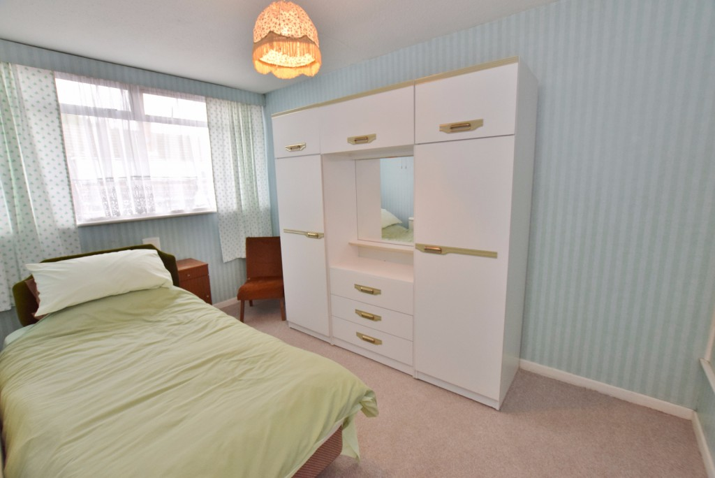 3 bed semi-detached house for sale in The Rise, Ashford  - Property Image 8