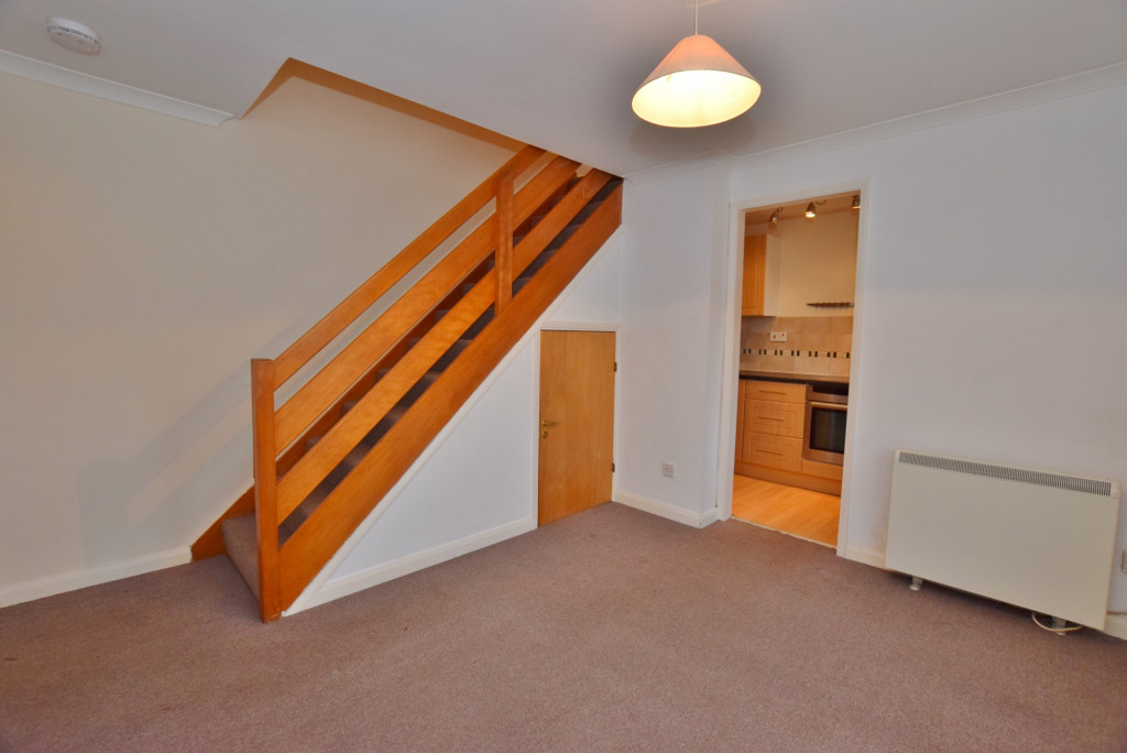 1 bed end of terrace house to rent in Springwood Drive, Godinton Park, Ashford 1